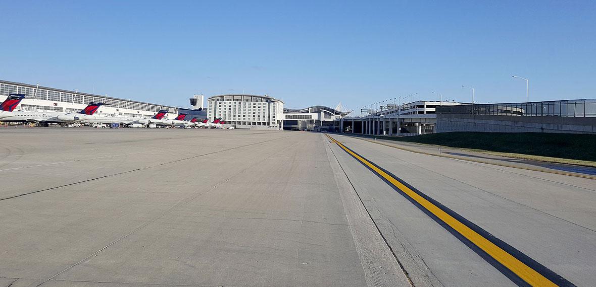 DTW Reconstruction of Runway 4L/22R