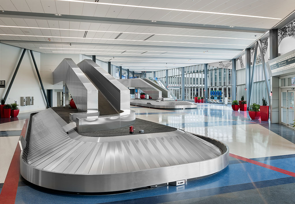 Philadelphia International Airport Terminal F Hub Baggage Claim