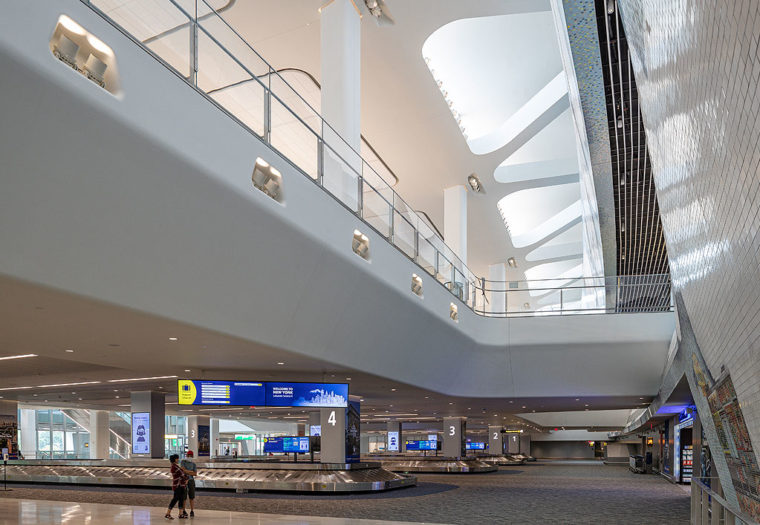 LGA Central Terminal Building - Baggage Claim